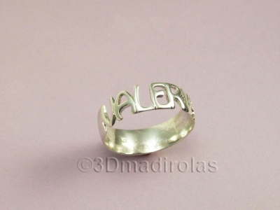 Personalized silver ring with a name