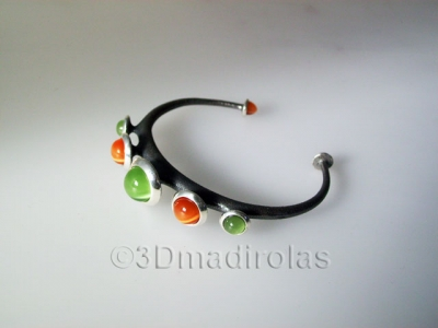 Sterling silver925 bracelet with color stones.