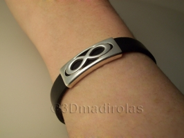 Silver and leather INFINITE bracelet.